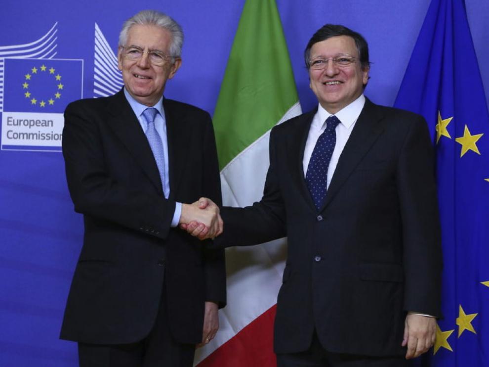 Barroso celebró una cena privada con el primer ministro saliente de Italia, Mario Monti