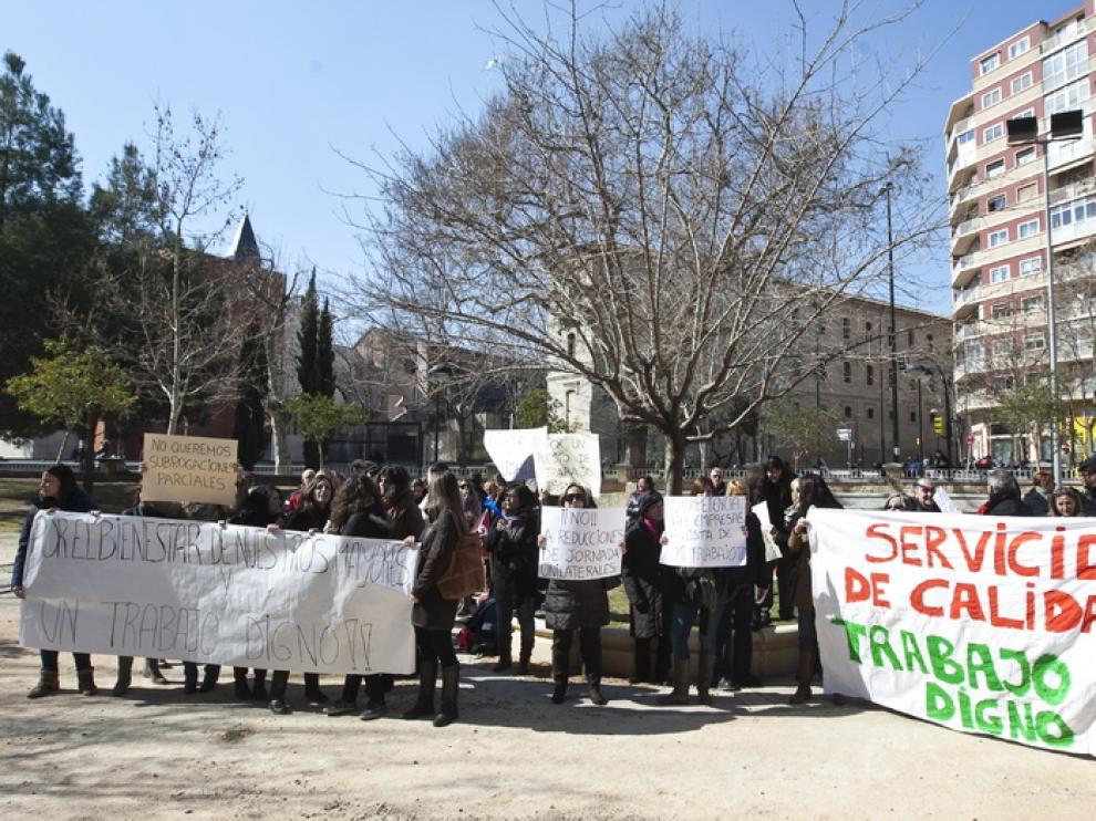Huelga de los trabajadores de Servicios de Teleasistencia en Zaragoza