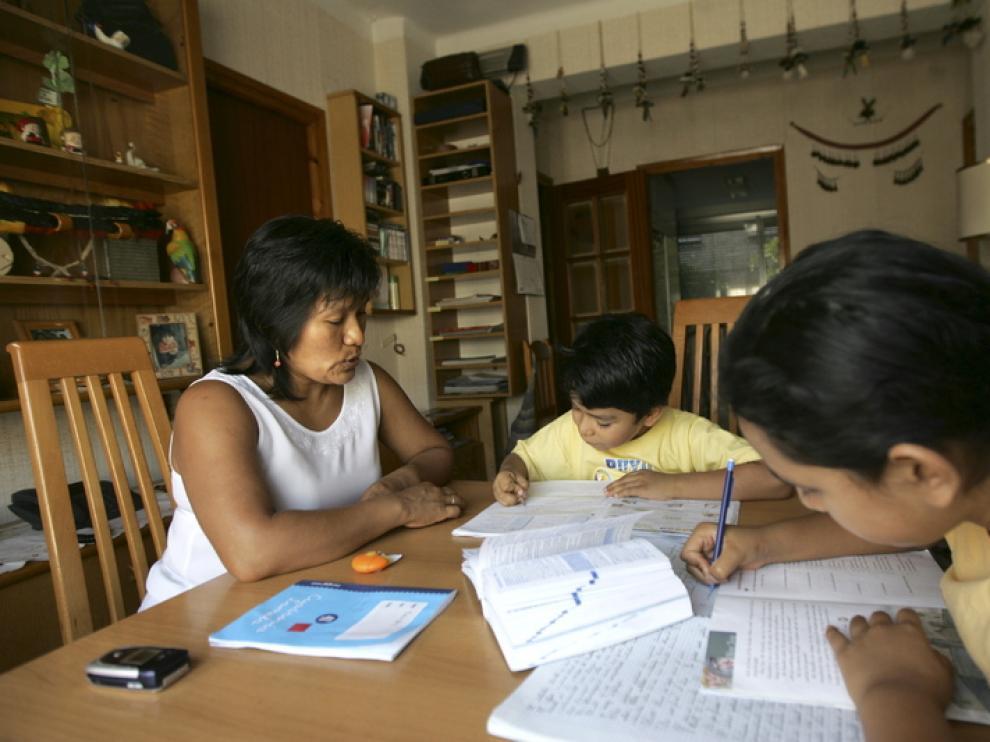 Una familia que se acogió a la reagrupación en 2008