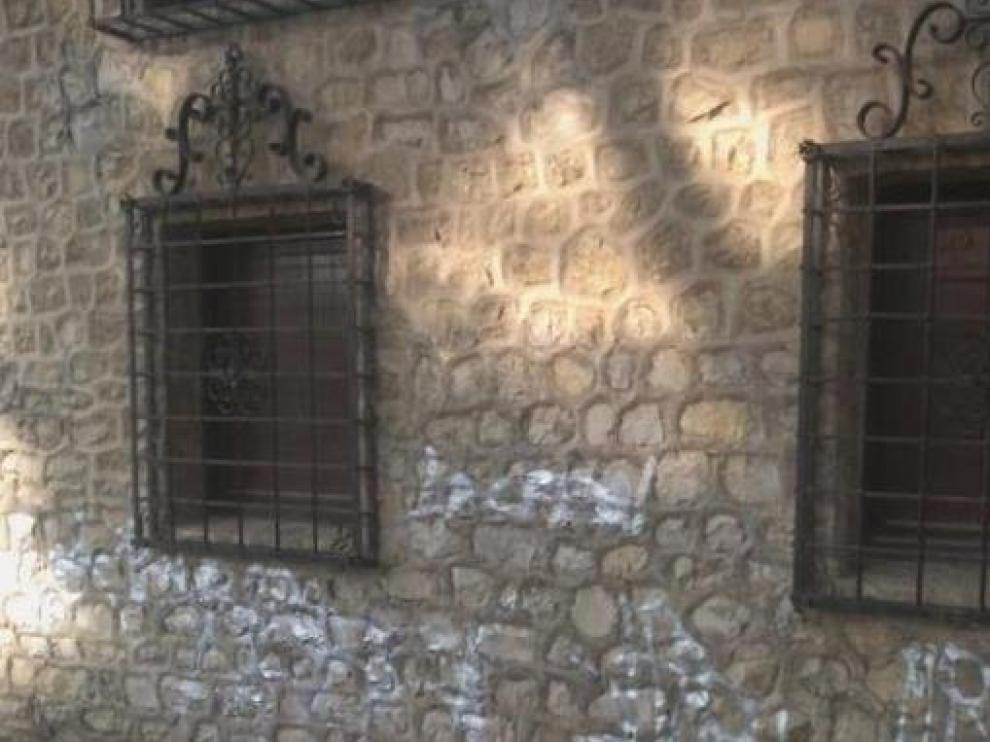 Pintadas en la Casa de Albarracín, que se encuentra en el Parque Grande