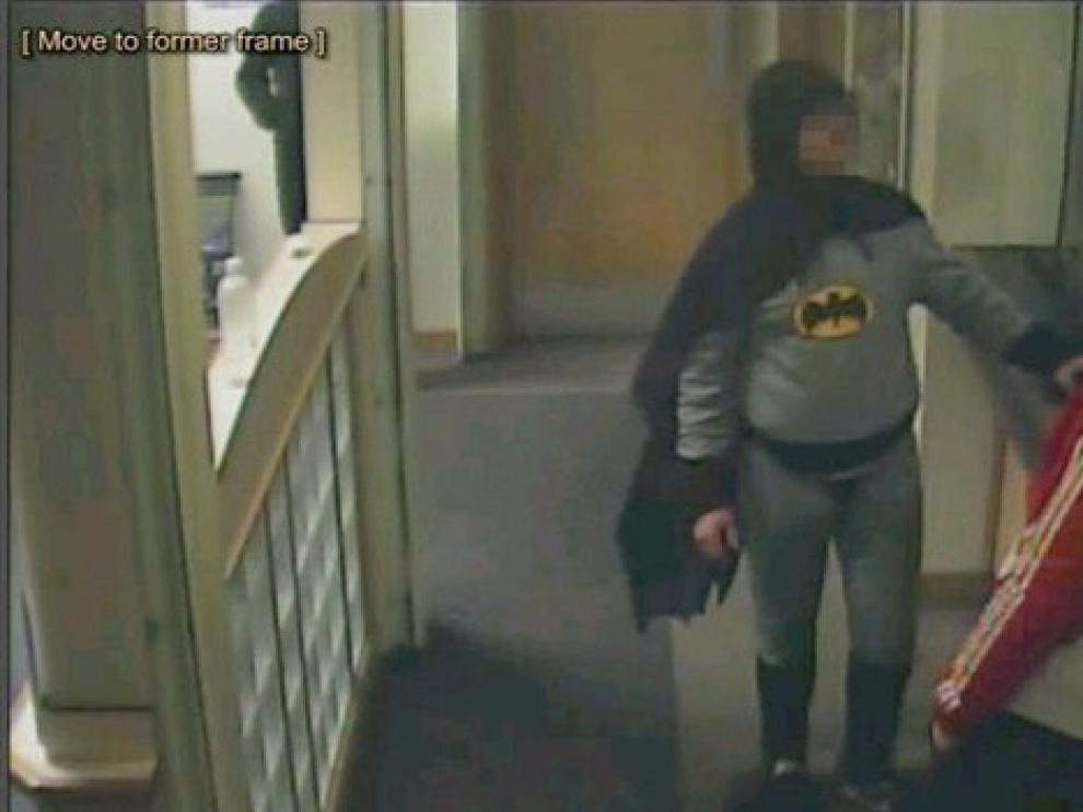 Imagen grabada por las cámaras de seguridad de la comisaría