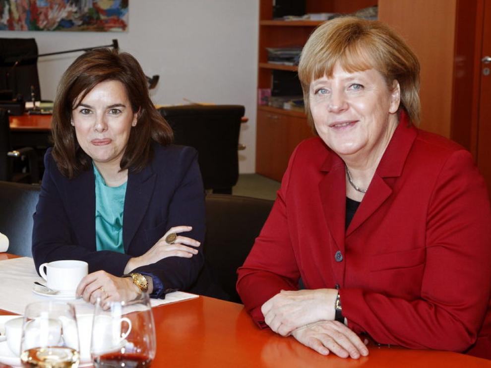 Encuentro entre Soraya Sáenz de Santamaría y Angela Merkel