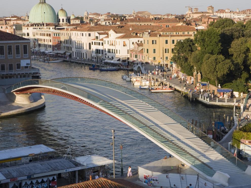 Imagen del puente polémico