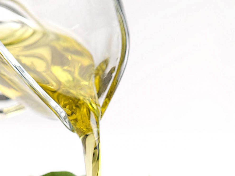 José Luis Solanilla recomienda el aceite arbequina para tomarlo en ensaladas