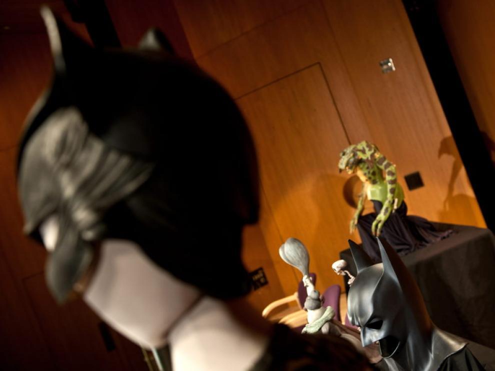 La capa de Superman, la máscara de Batman y el traje de Catwoman ya forman parte del Museo Smithsonian