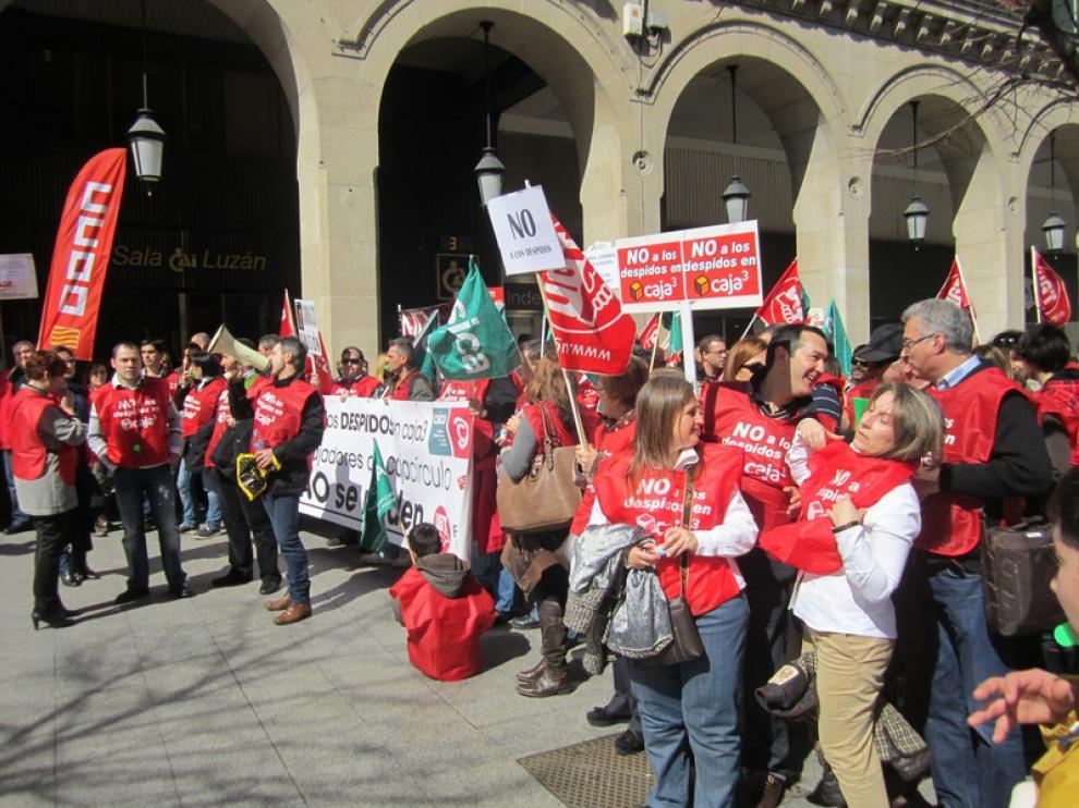 Manifestación de trabajadores de Caja3