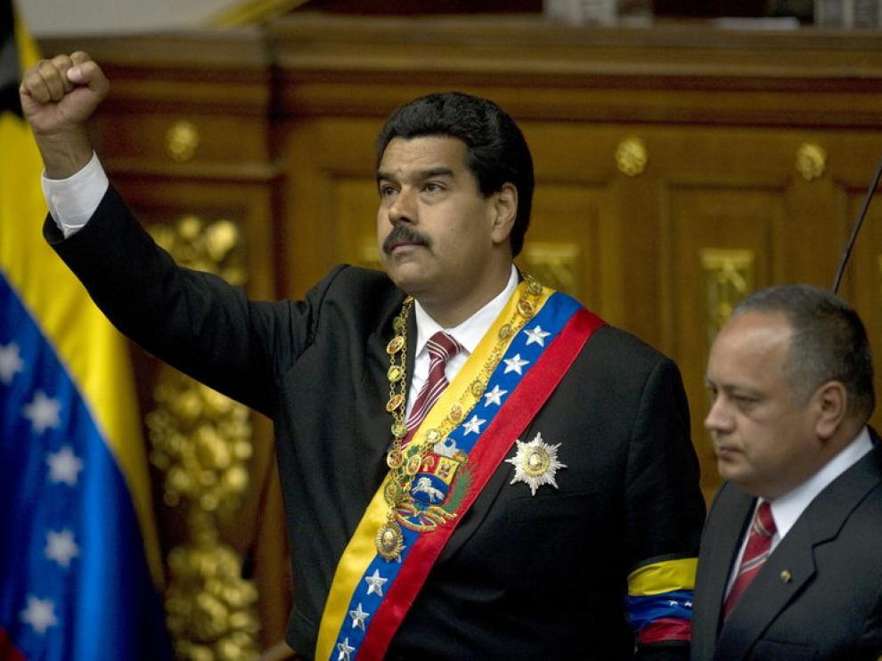 Maduro ya es el nuevo presidente en funciones de Venezuela