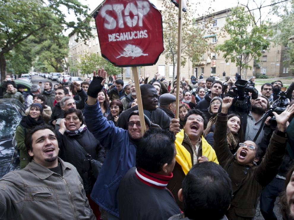 Miembros de Stop Desahucios, durante una protesta