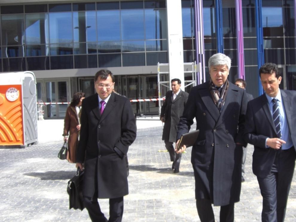 Visita de una delegación de Kazajistán al recinto de Zaragoza Empresarial
