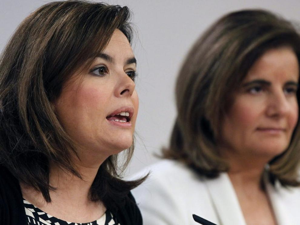 Soraya Saénz de Santamaría y Fátima Báñez