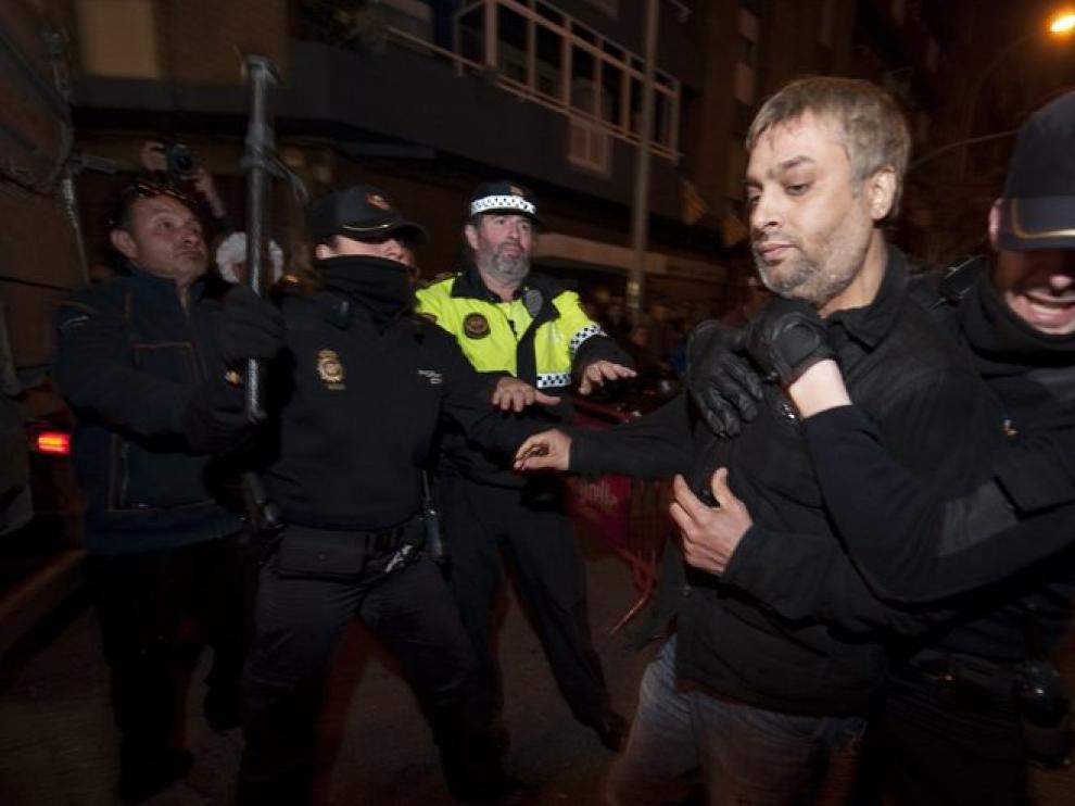 El detenido por intentar inmolarse durante la cremà de las fallas.