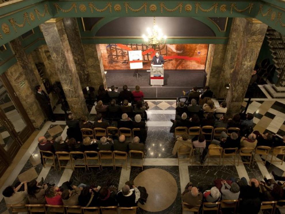 Presentación de la revista 'Turia' en el teatro Principal de Zaragoza