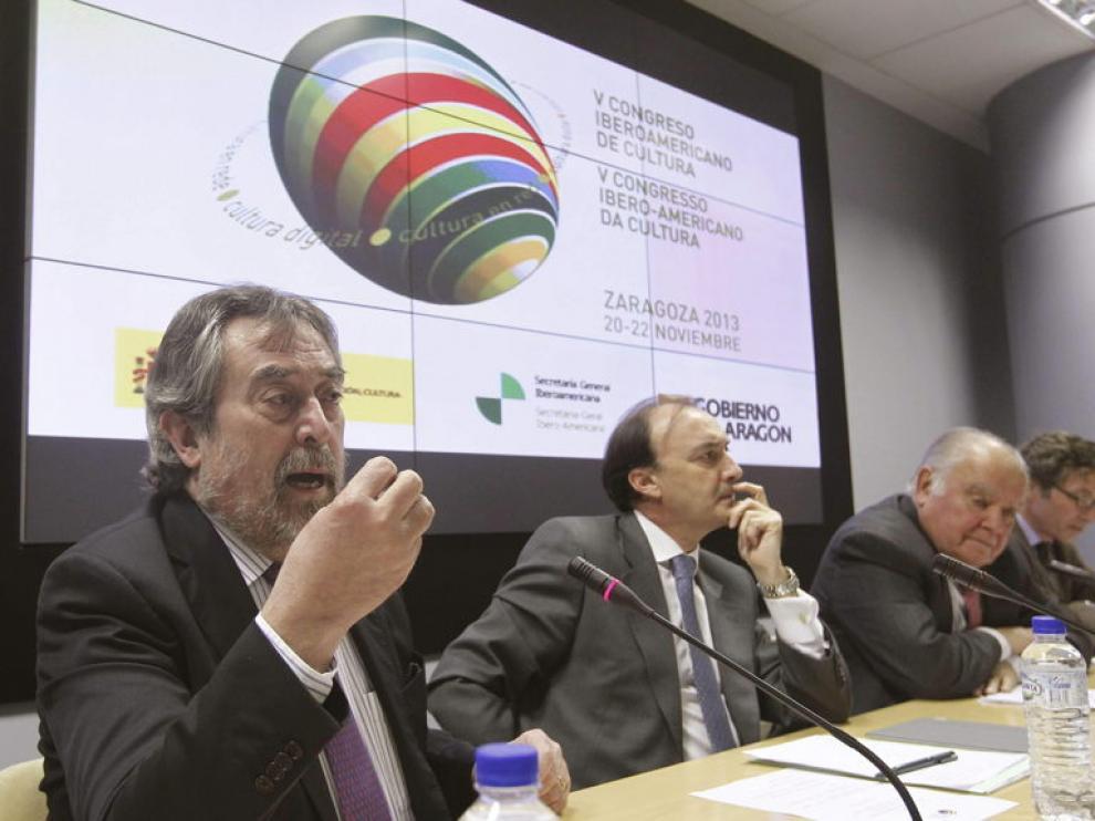 Belloch participó en la presentación en Madrid