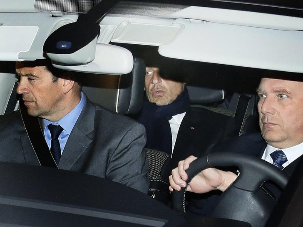 Sarkozy, a su salida del juzgado