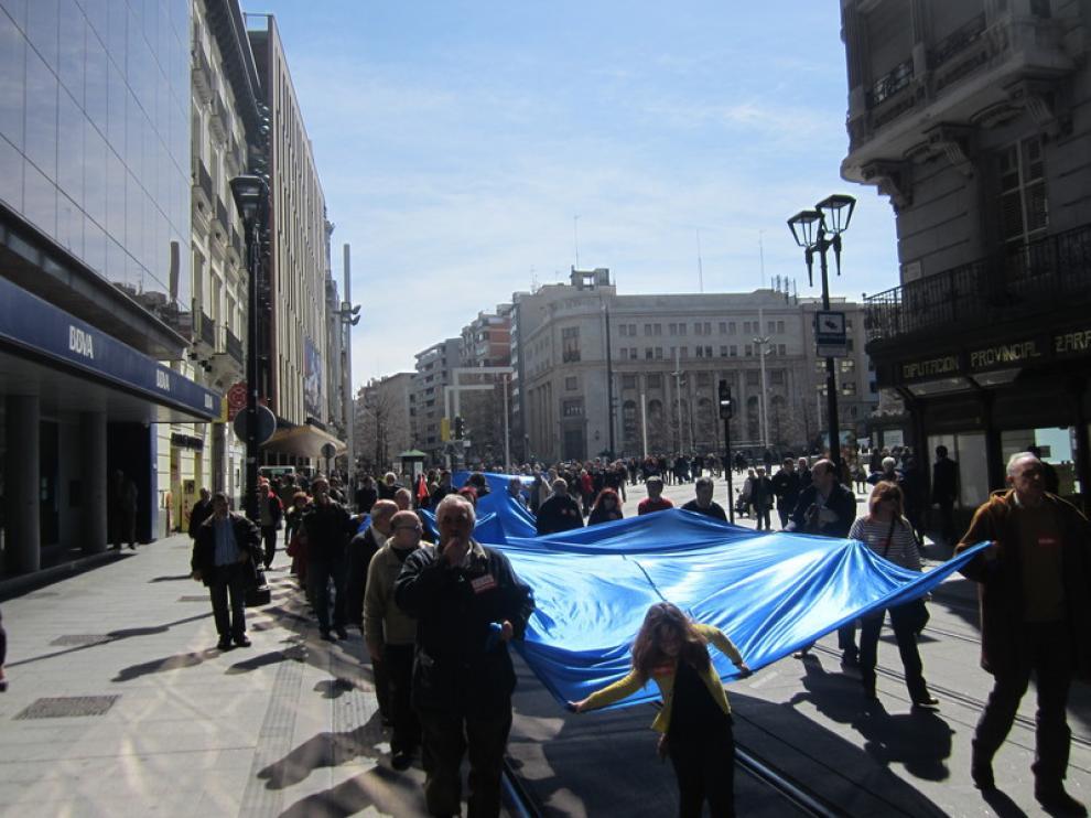 Manifestación de Marea Azul en Zaragoza