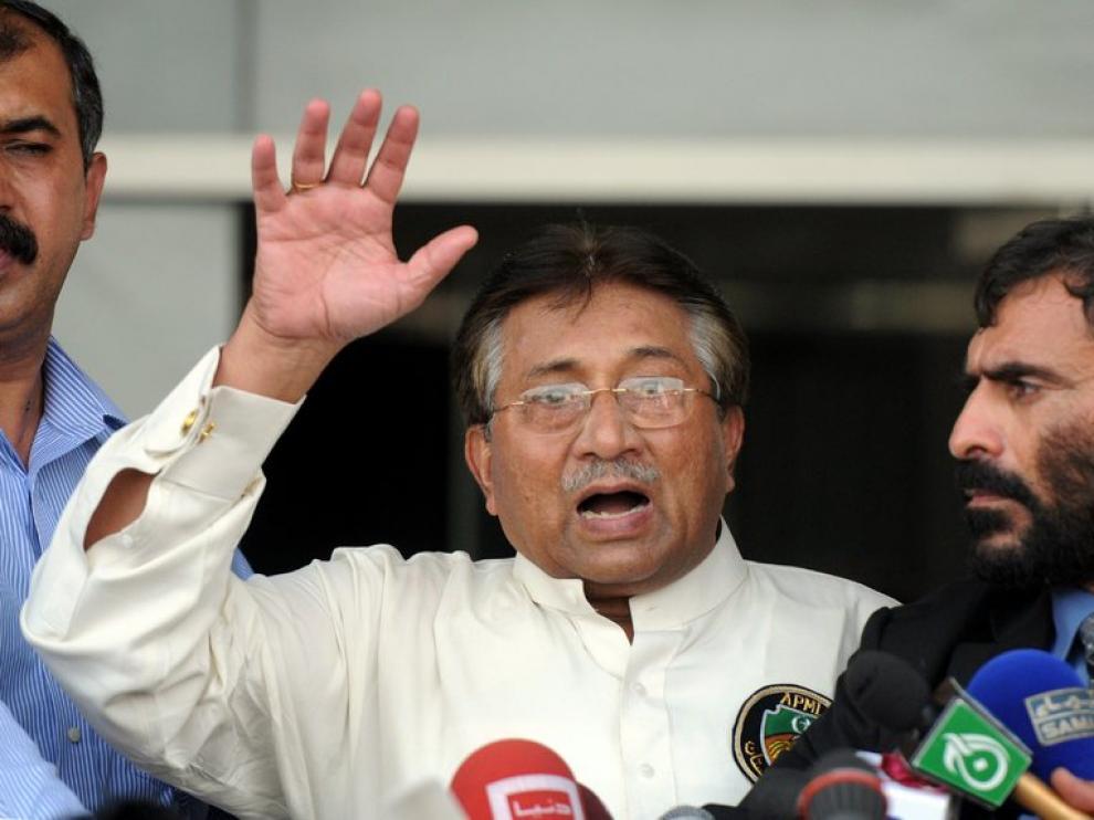 Musharraf, a su llegada a Karachi