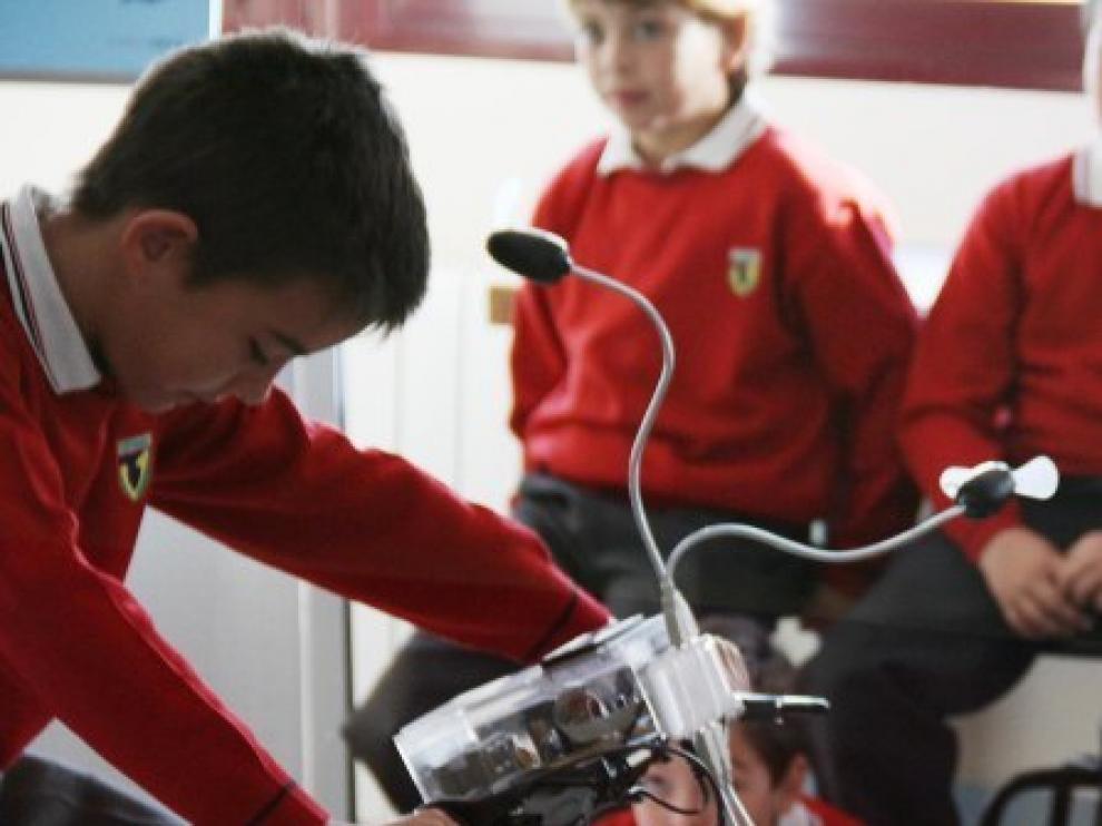Granja energía es un taller educativo itinerante sobre energía y eficiencia en el consumo.