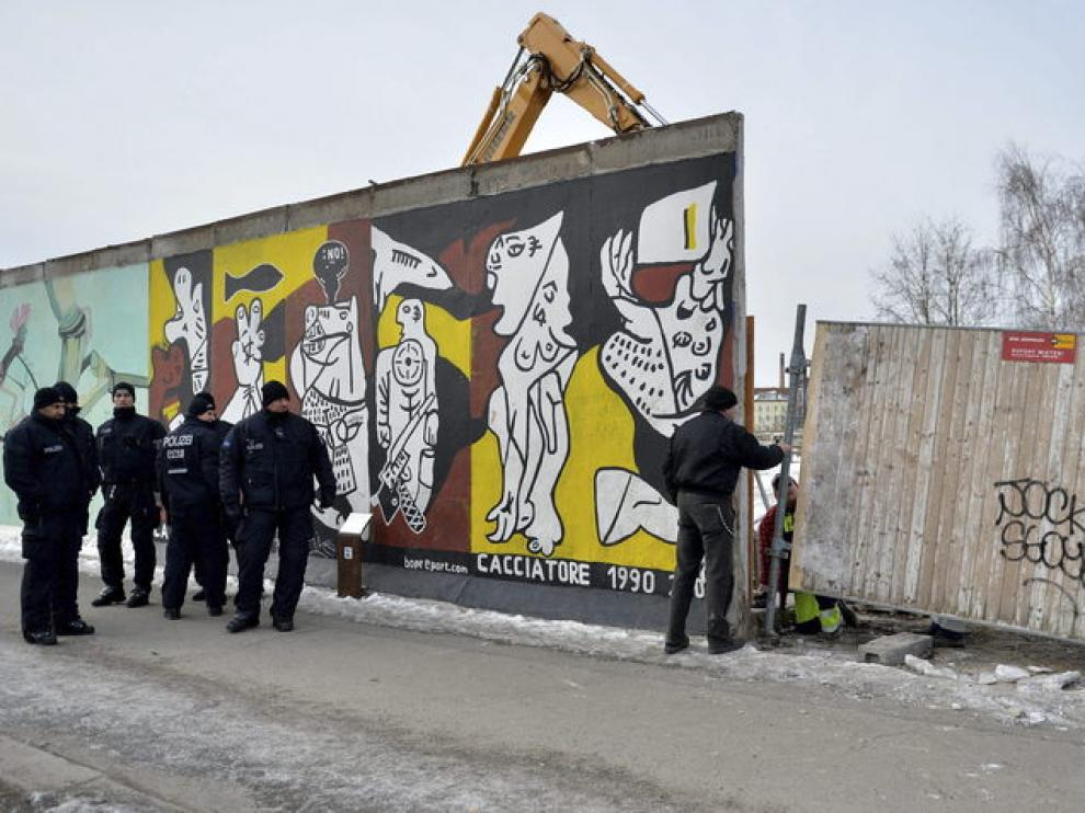 Parte del muro afectado por las obras
