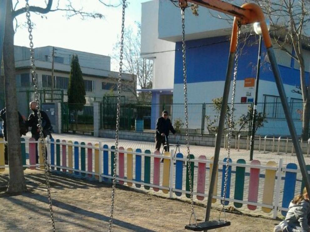 Estado en que se encuentra el parque infantil de la avenida de Salvador Allende de Zaragoza