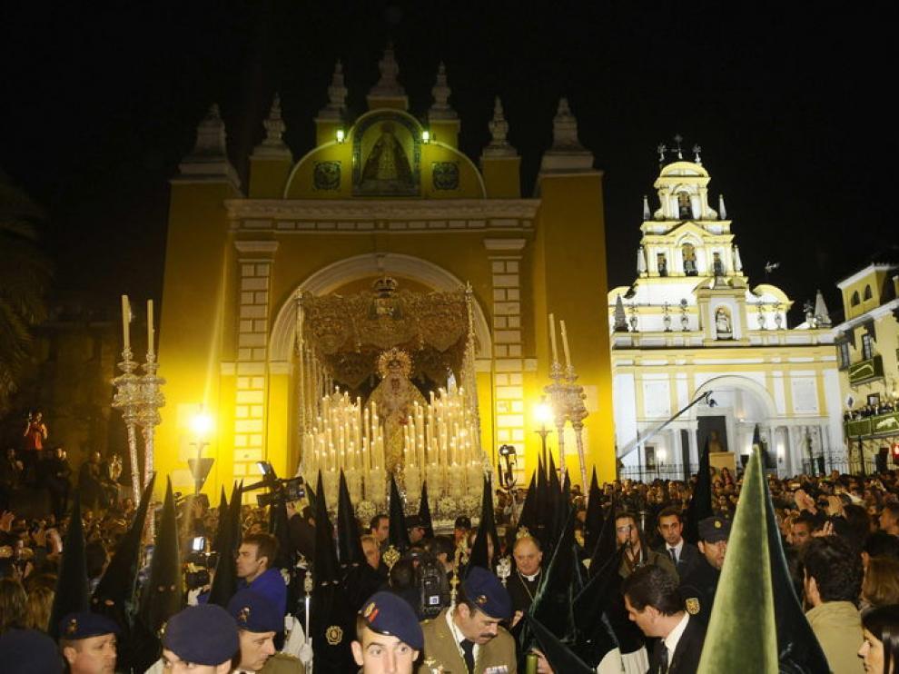 La 'madrugá' en Sevilla