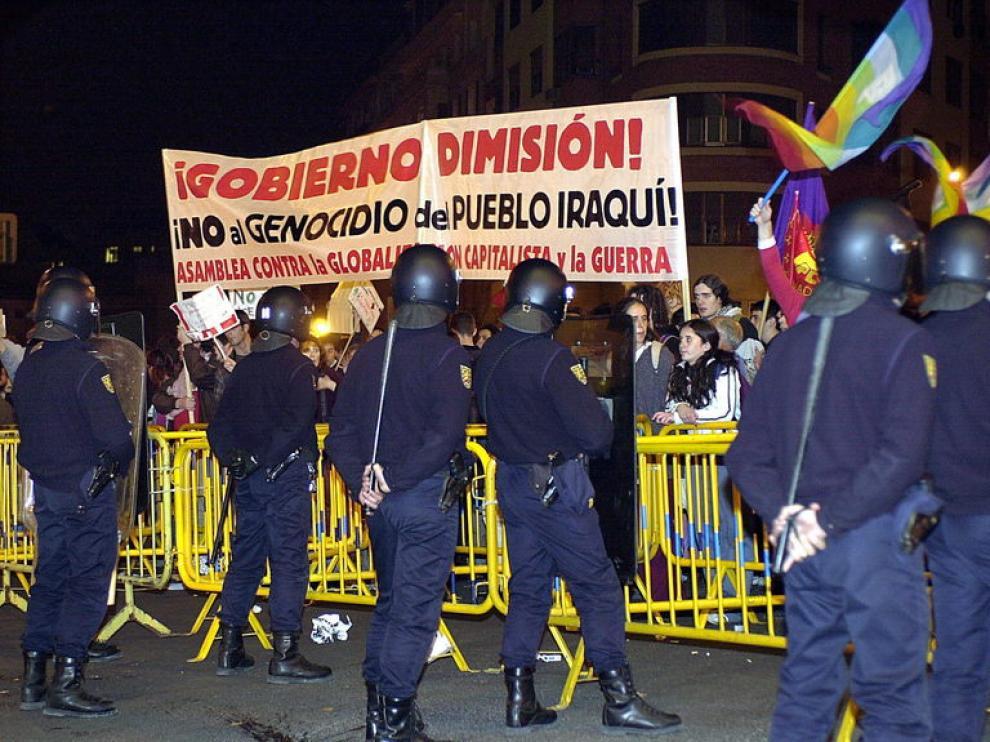 Policias antidisturbios, en una concentración de estudiantes