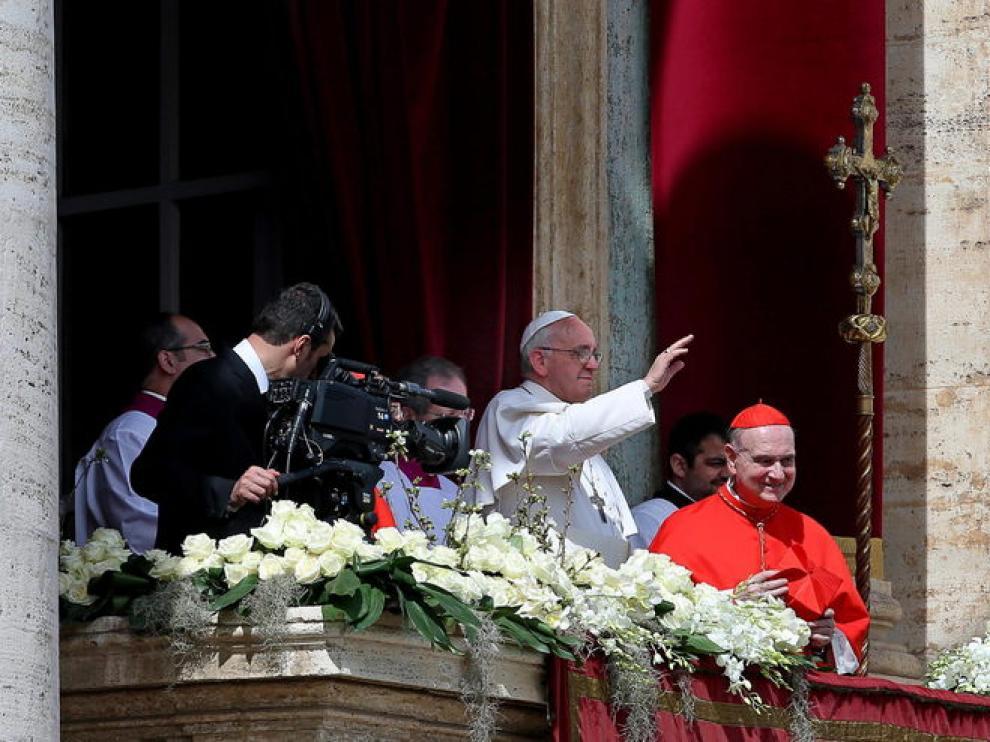 El Papa Francisco ofrece la bendición 'Urbi et Orbi'