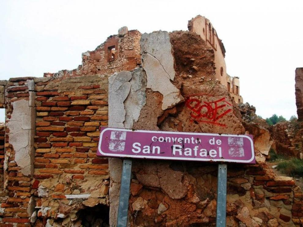El vandalismo ha sido una de las razones para cerrar el acceso libre al viejo Belchite