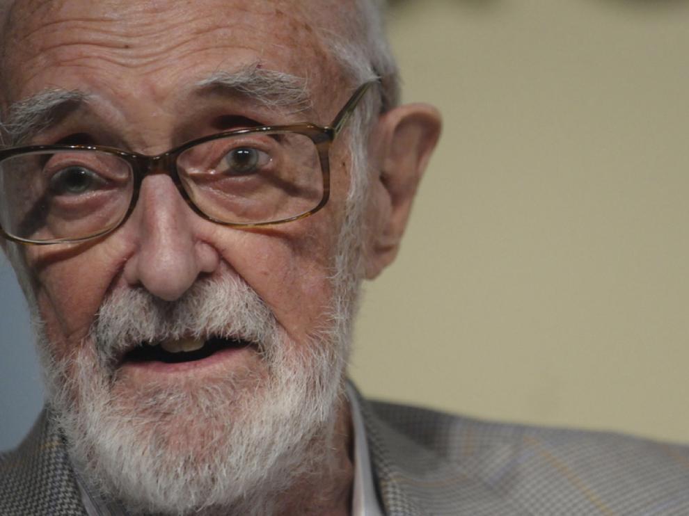 El humanista barcelonés José Luis Sampedro ha fallecido en Madrid a los 96 años.