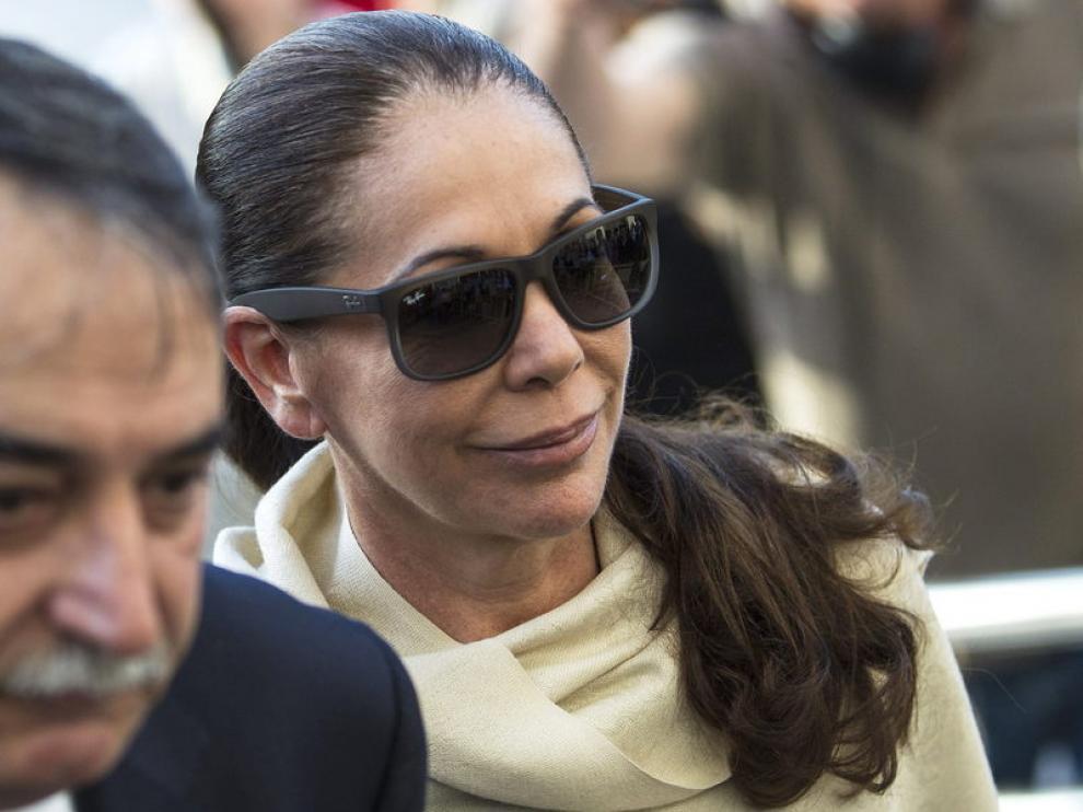 Isabel Pantoja, llega a la Audiencia de Málaga