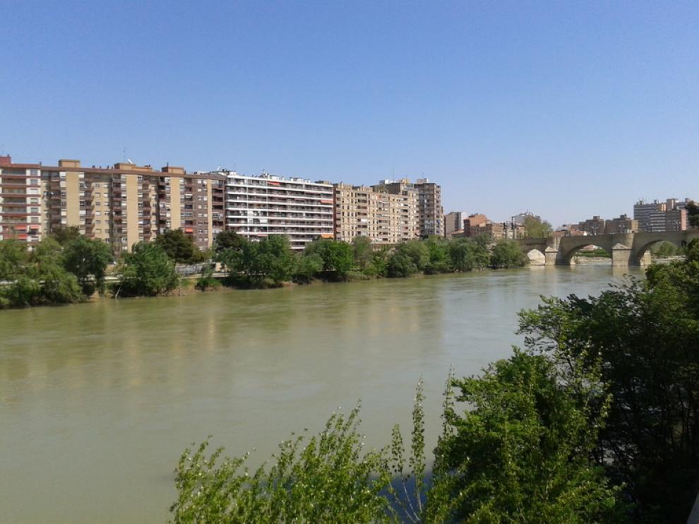 El barrio del Arrabal se asoma al Ebro