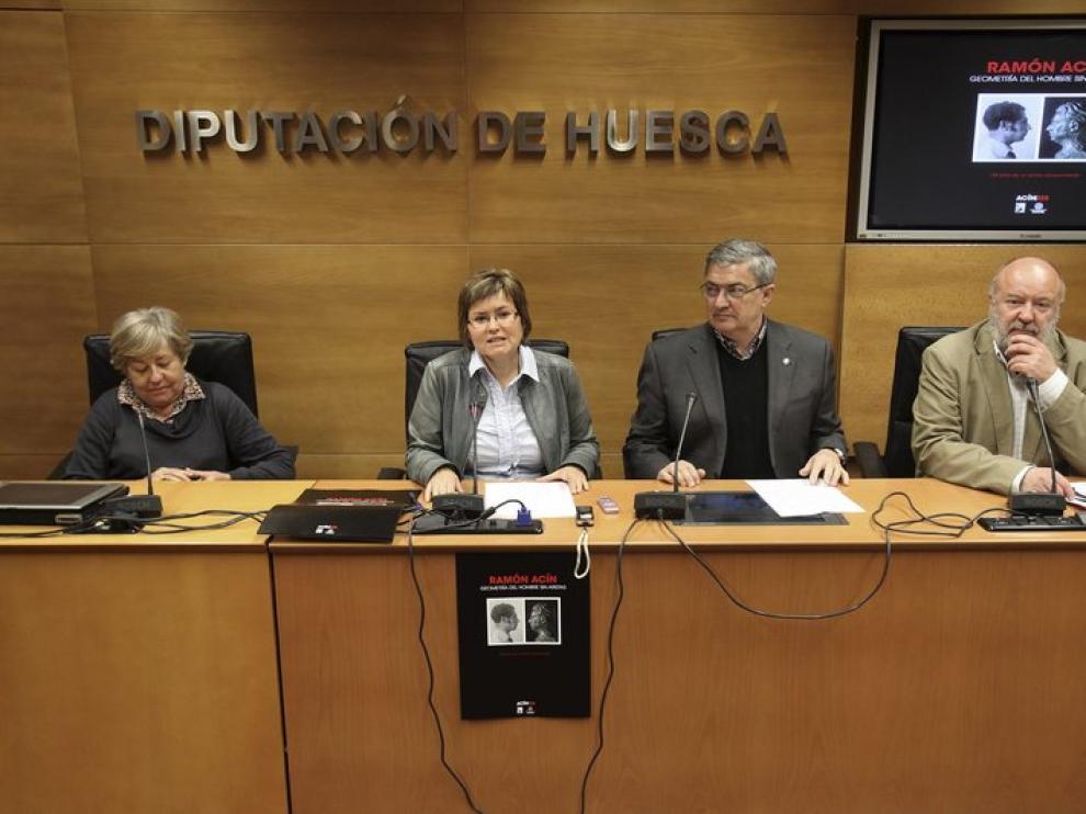 La nieta de Ramón Acín ha agradecido el recuerdo a su abuelo.
