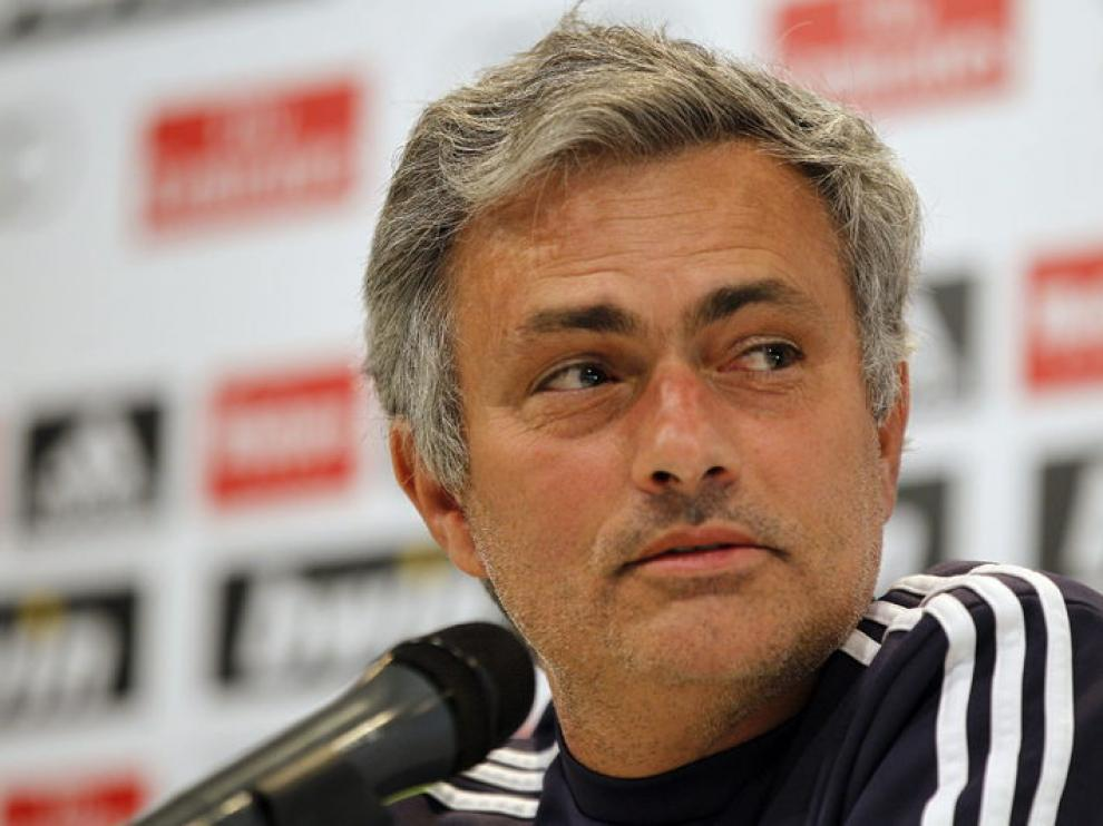 El entrenador del Real Madrid, José Mourinho, durante la rueda de prensa