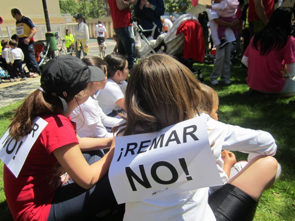 Imagen de una de las protestas contra la ubicación de REMAR en Rosales