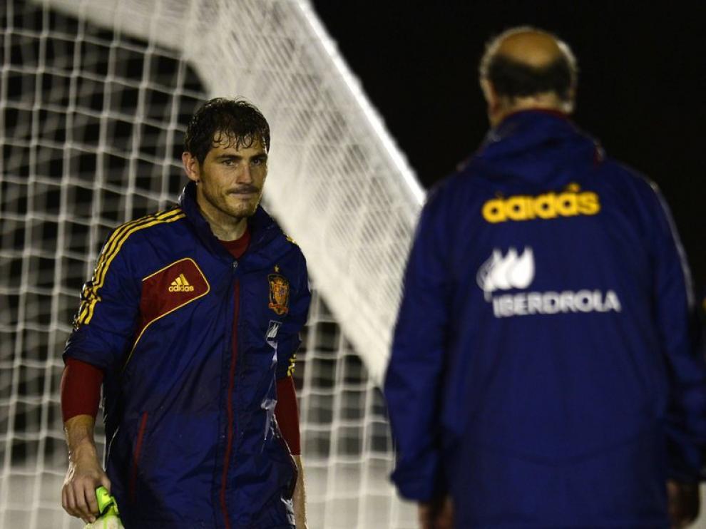 Casillas y Del Bosque en un entrenamiento de la selección en Brasil