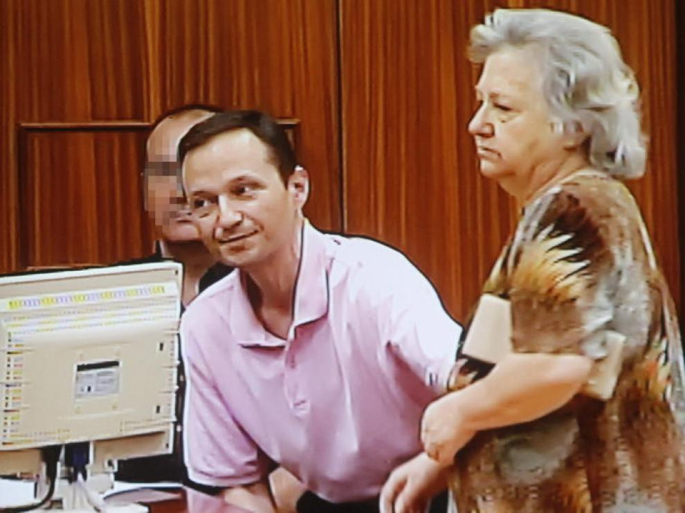 José Bretón, junto a su madre