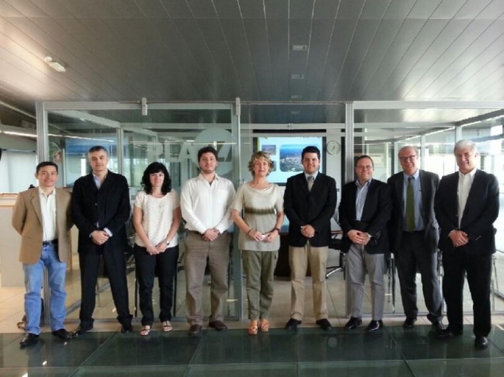 La delegación mexicana con los responsables de Plaza