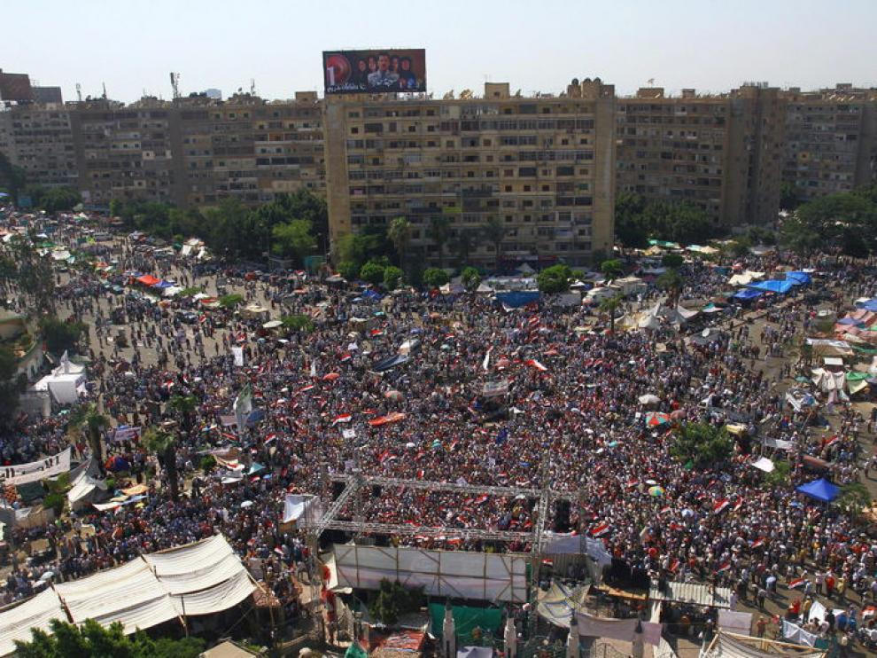 Miles de manifestantes se han concentrado en la plaza Tahir