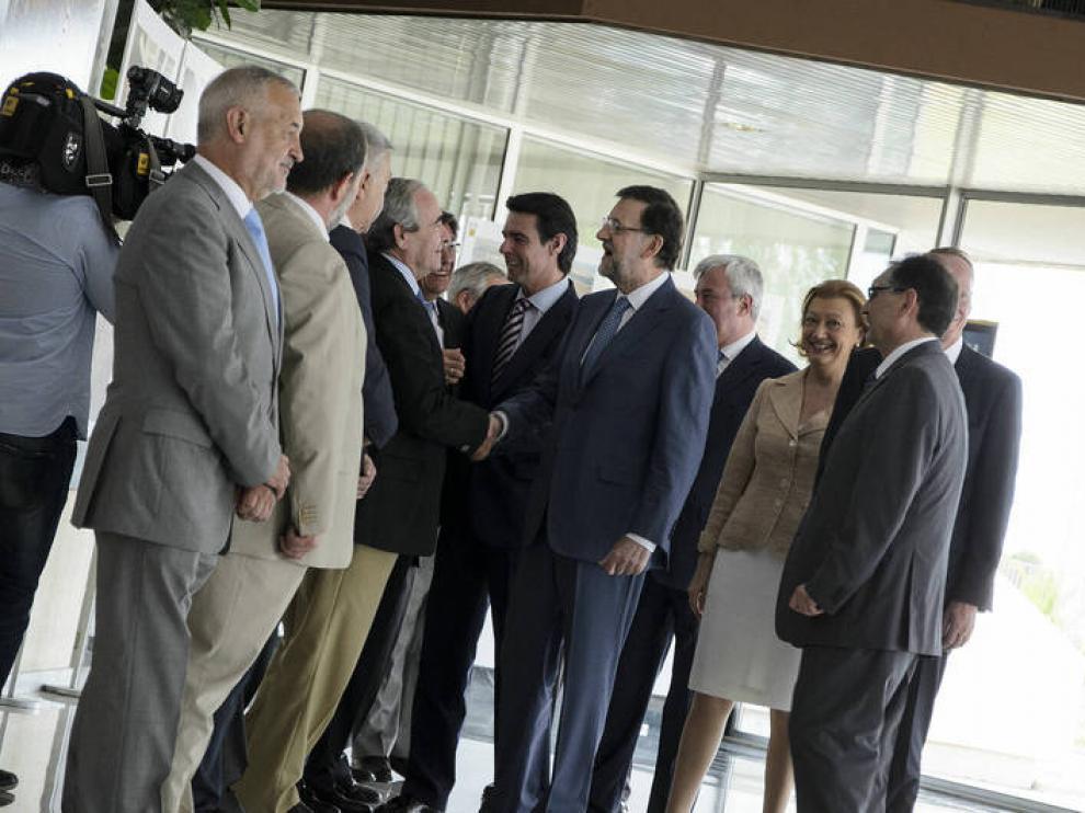 Mariano Rajoy y José Manuel Soria, a su llegada a la planta de GM