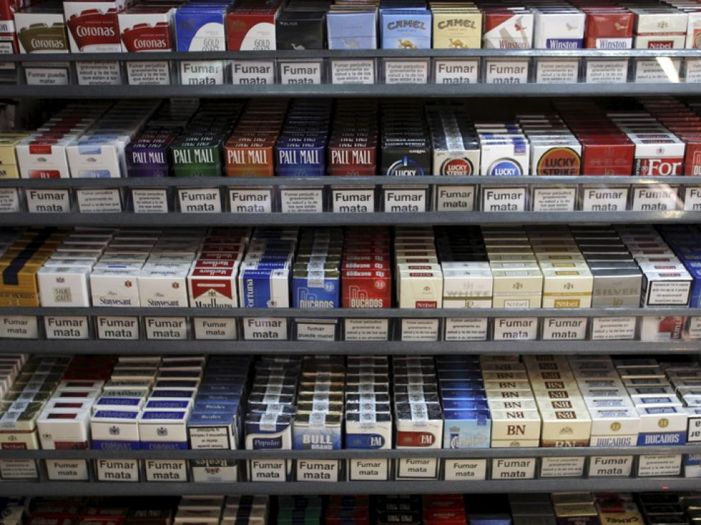 Paquetes de tabaco, en un estanco zaragozano