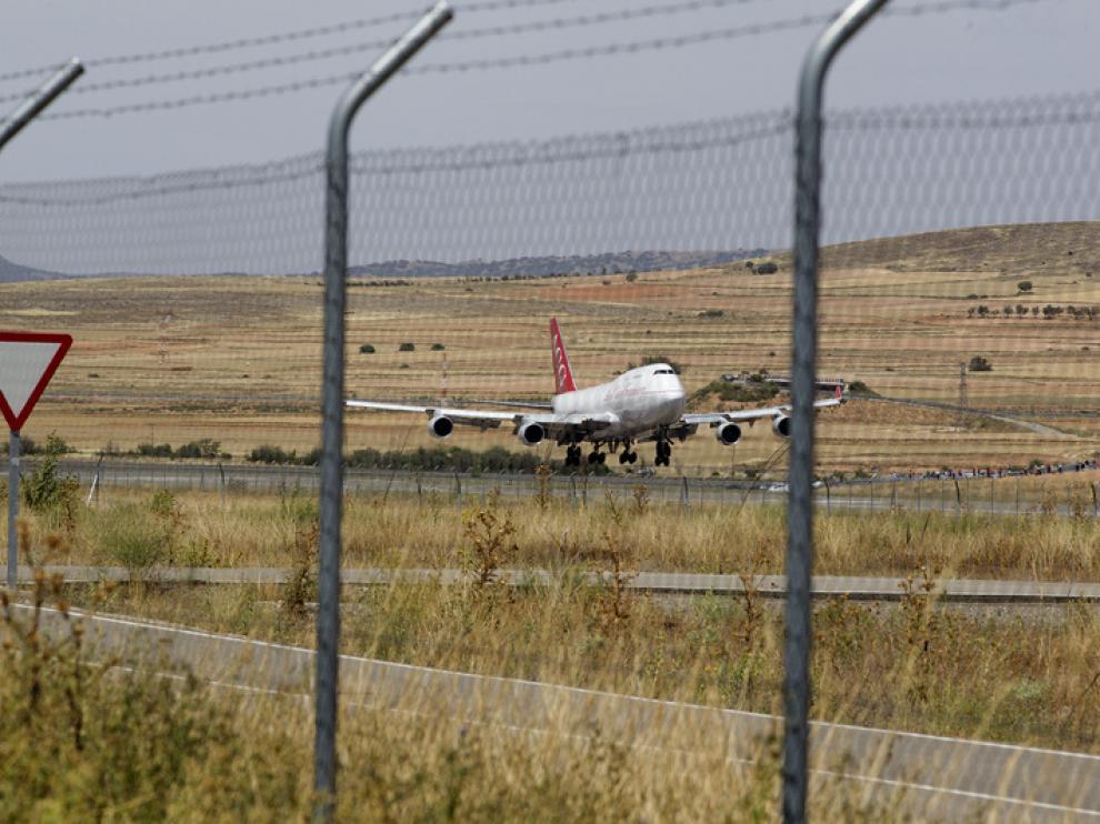 Se realizarán labores de estacionamiento, mantenimiento y reciclado de grandes aeronaves