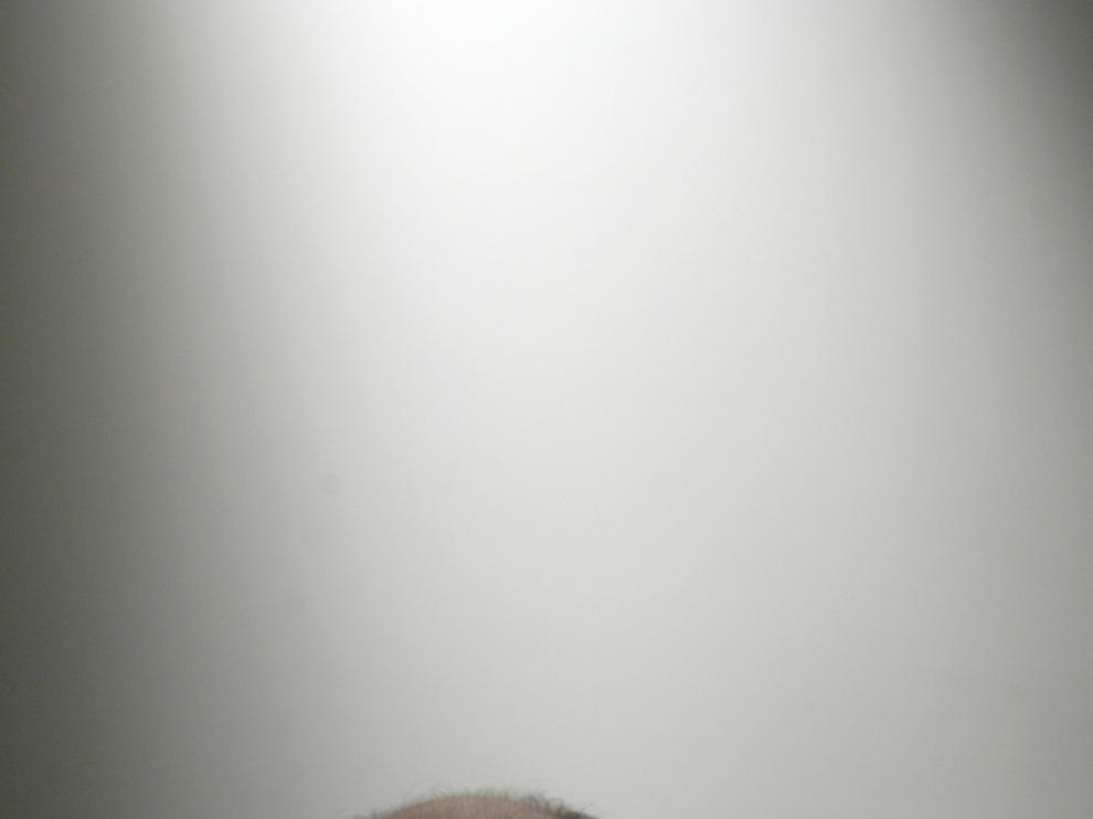 Ángel Guinda, poeta.