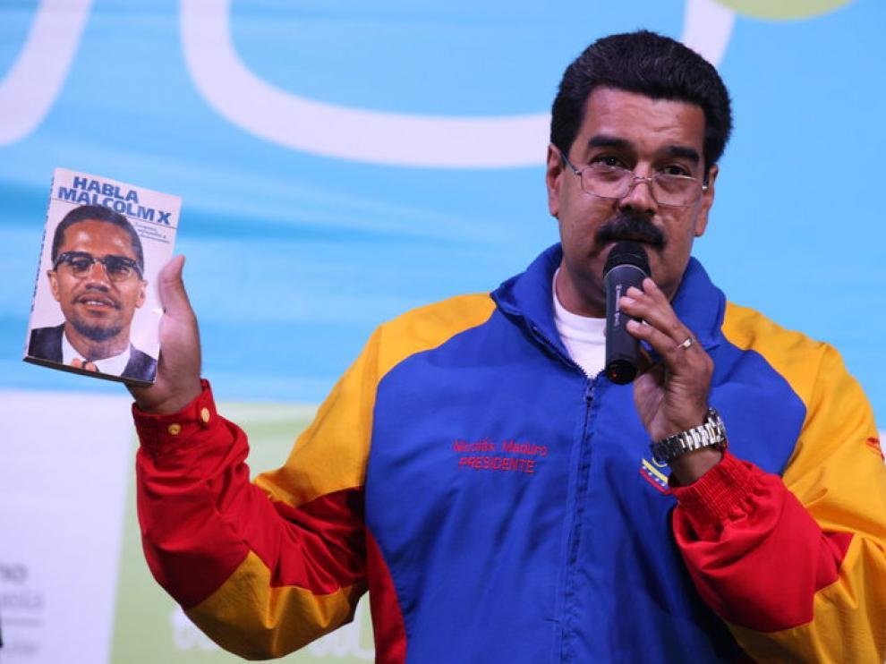 """Maduro asegura que la corrupción es el único delito por el que """"mandaría fusilar""""."""