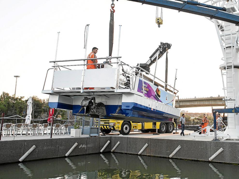 La nueva embarcación, bautizada como Félix de Azara II, llegó este martes a Vadorrey.