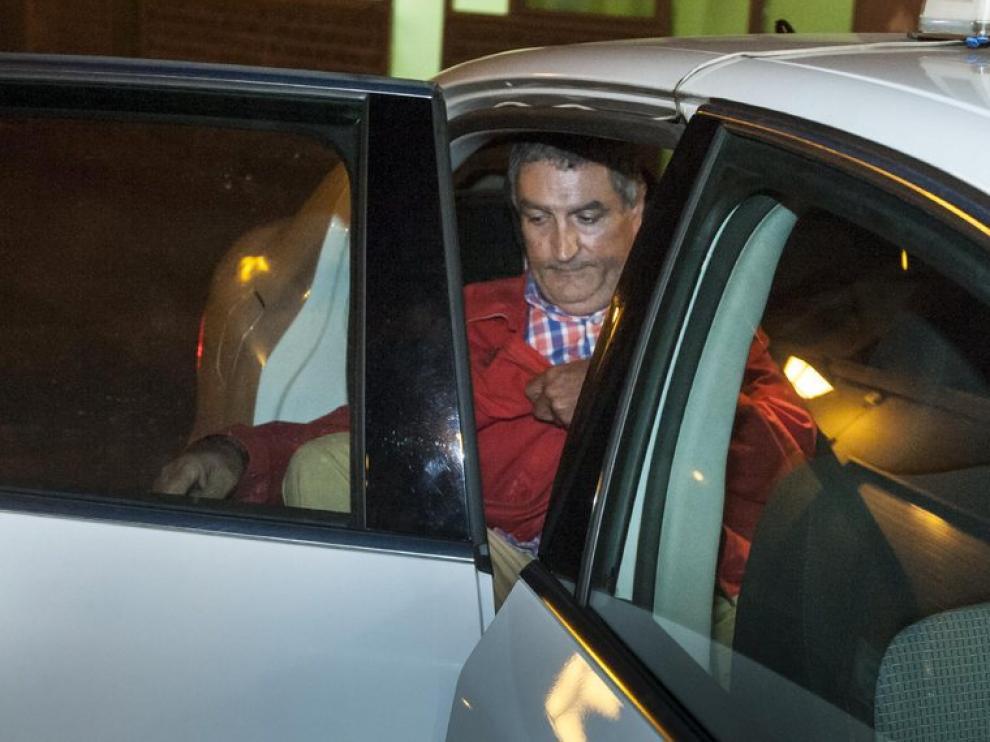 García Becerril abandona los juzgados en taxi