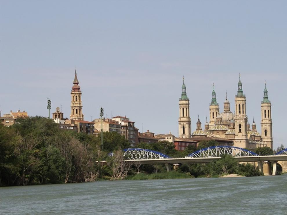 El Félix de Azara II comienza a navegar por el Ebro