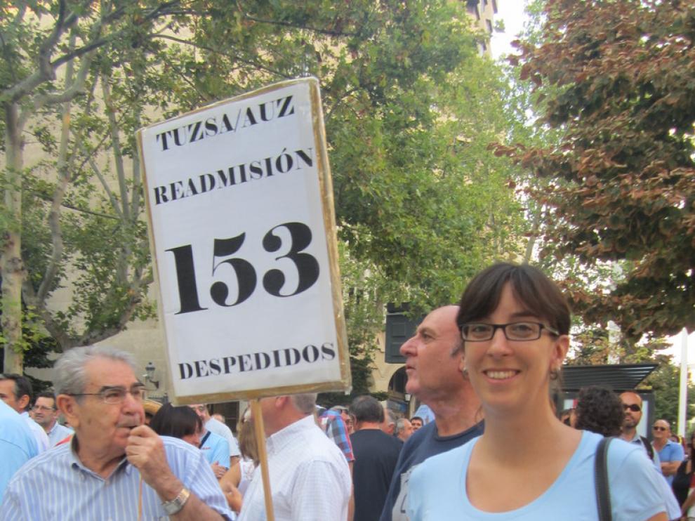 Concentración contra los despidos de AUZ