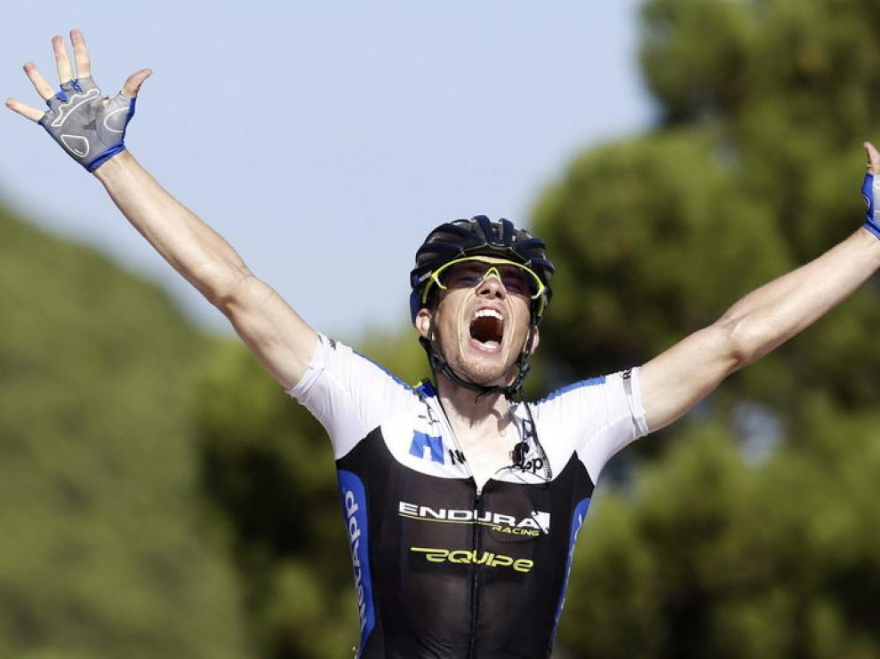 Konig celebra su triunfo de etapa