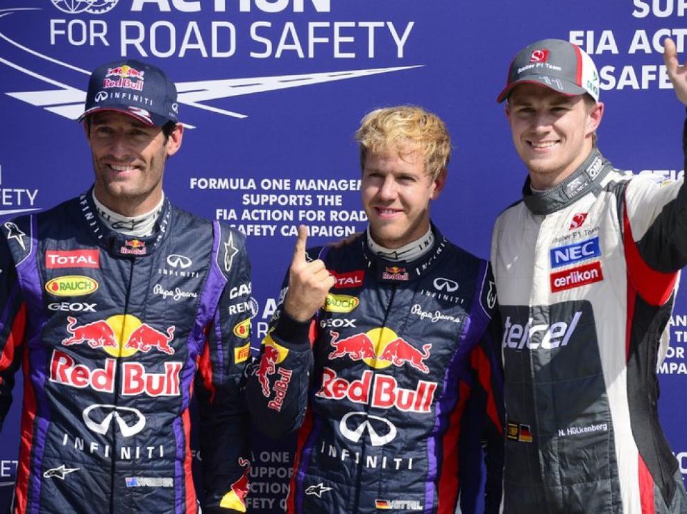 Vettel, en el centro del podio