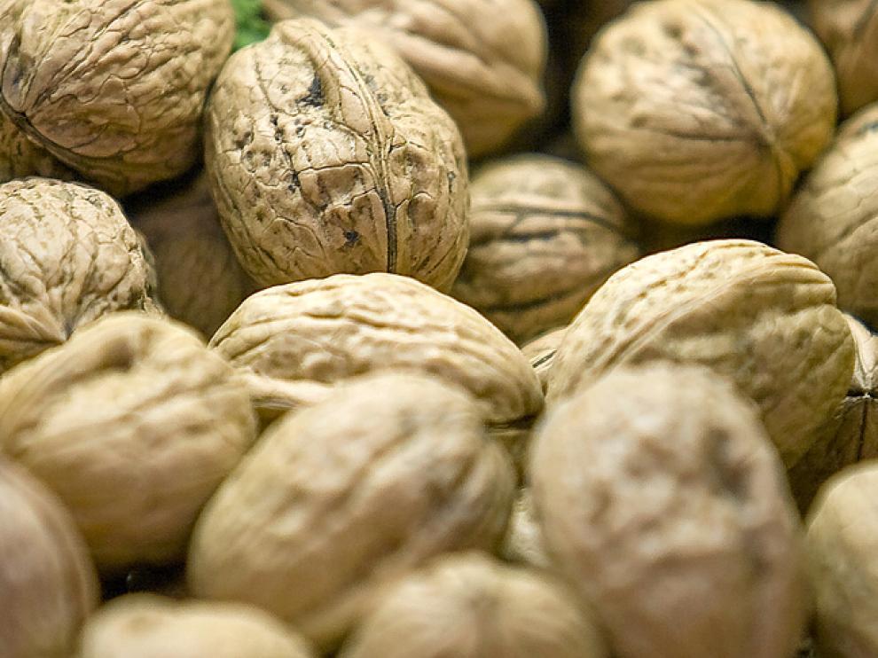 Las nueces son uno de los frutos secos más recomendados por los nutricionistas, en cantidad moderada
