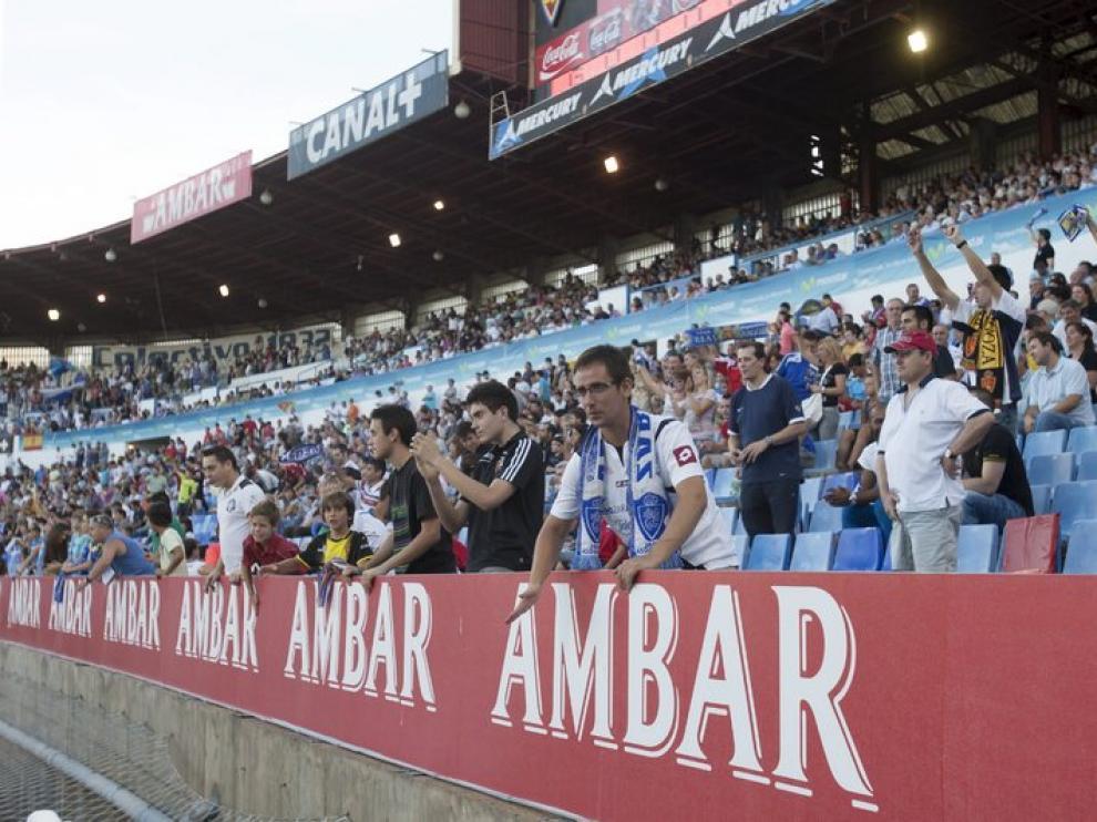 Afición del Real Zaragoza en el partido ante el Tenerife